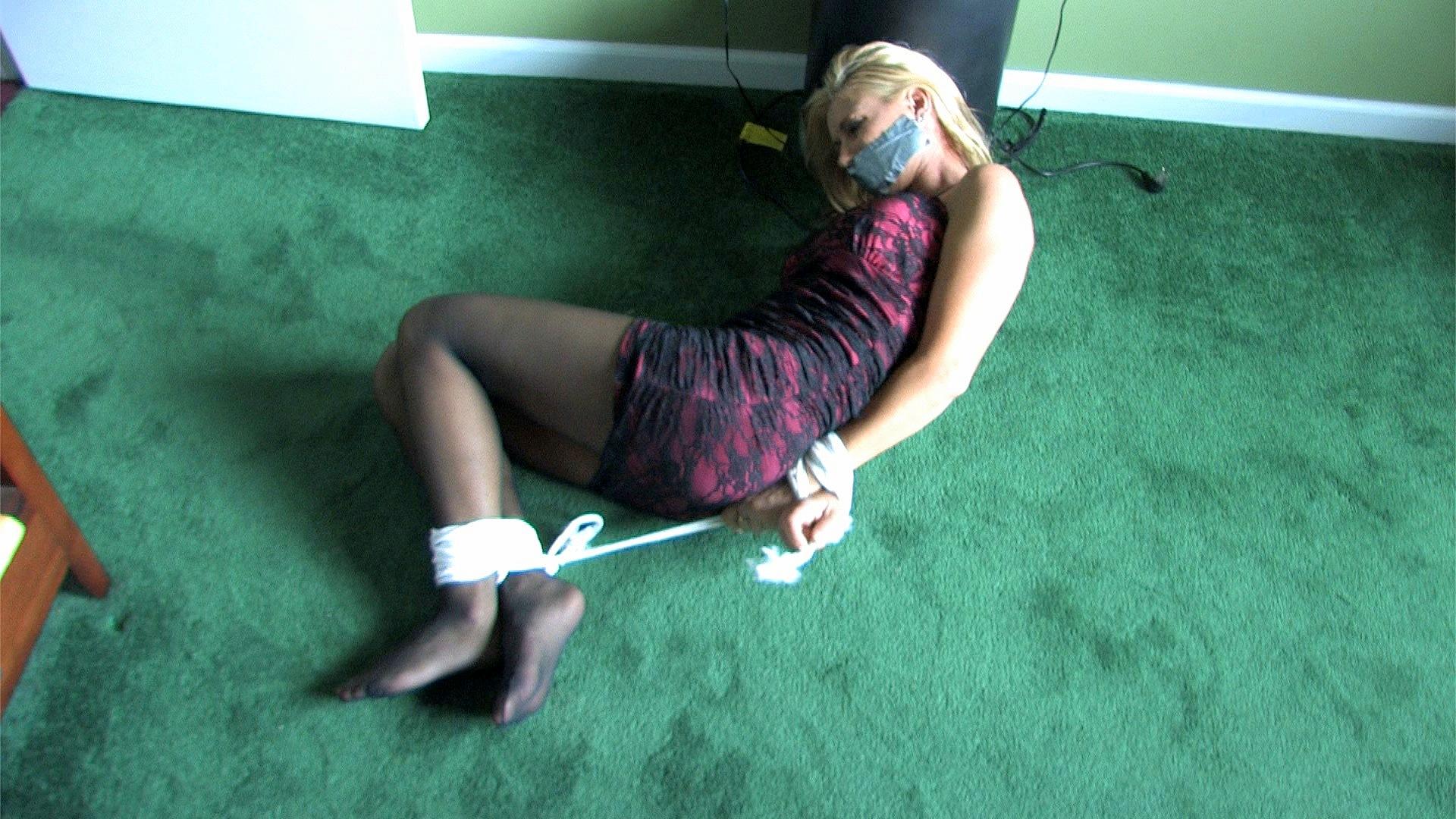 captured housewife Bondage