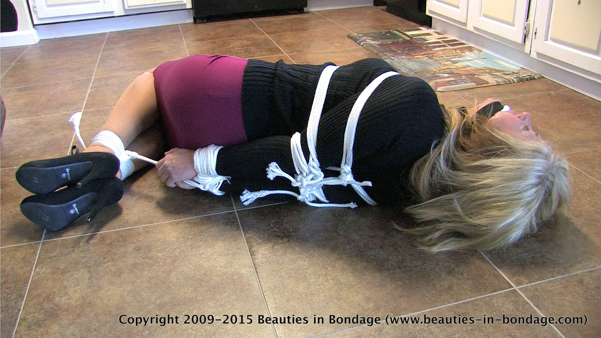 image Tied up and gagged 3d hentai blondie fucked