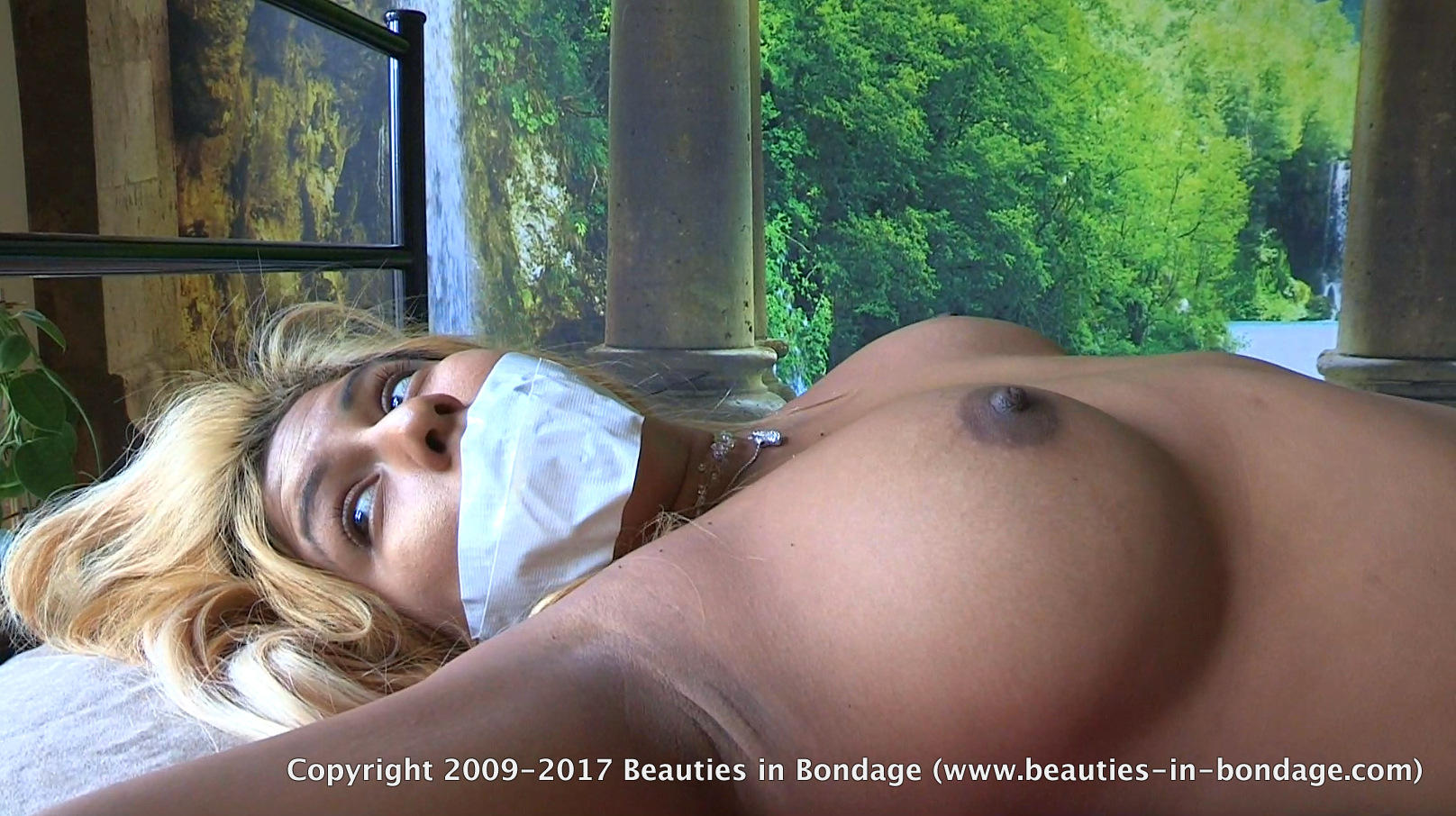 Good Beauties in boundage the